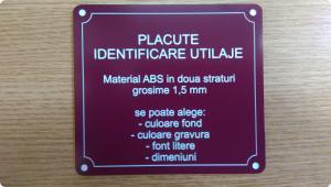 Placute identificare din material plastic